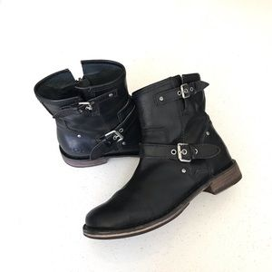 UGG Shoes - UGG Black Fabrizia Moto Leather Ankle Boots Size 6
